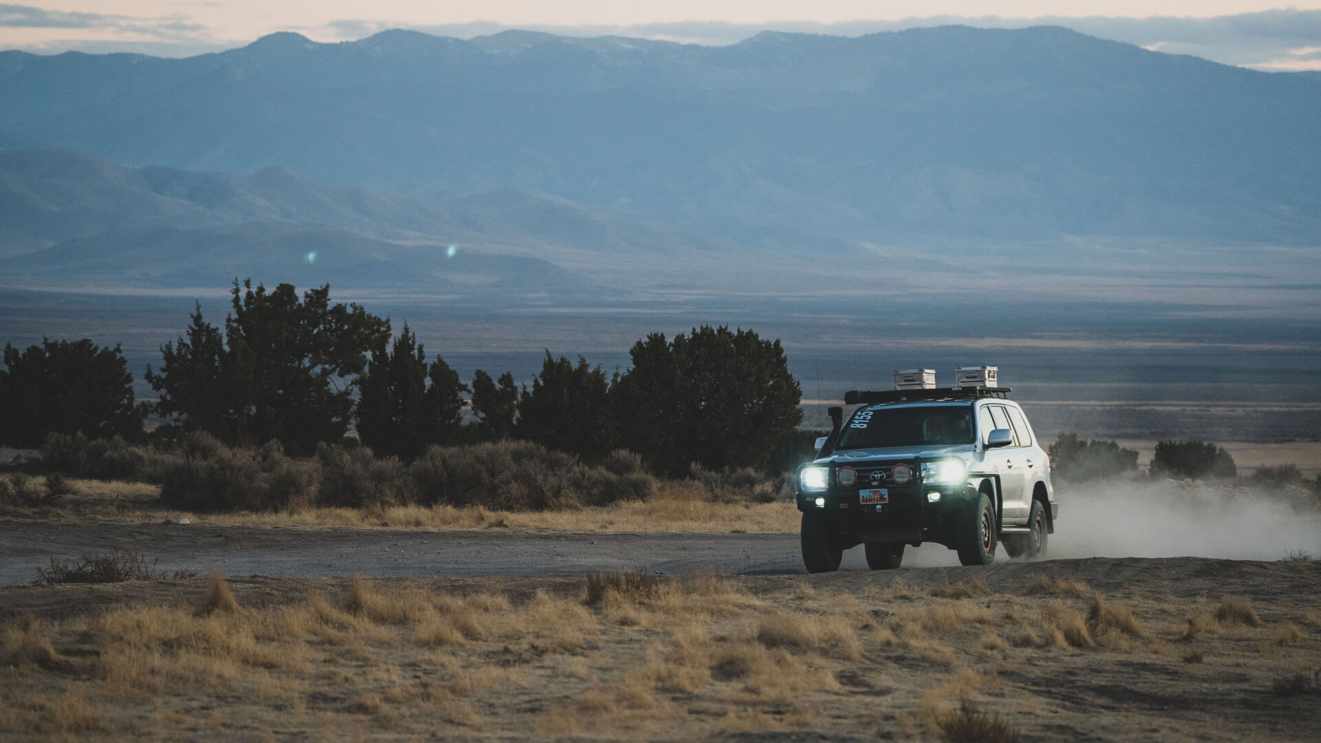 Toyota Land Cruiser at night driving